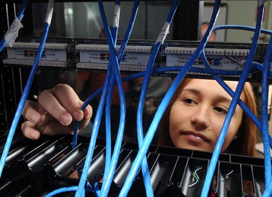 Técnico en Especialista en Sistemas Computarizados y Redes